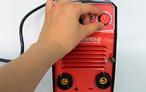 Cách chỉnh dòng điện que hàn